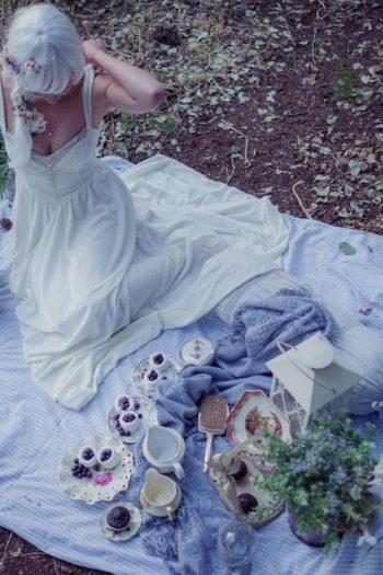 On set simple wedding dress